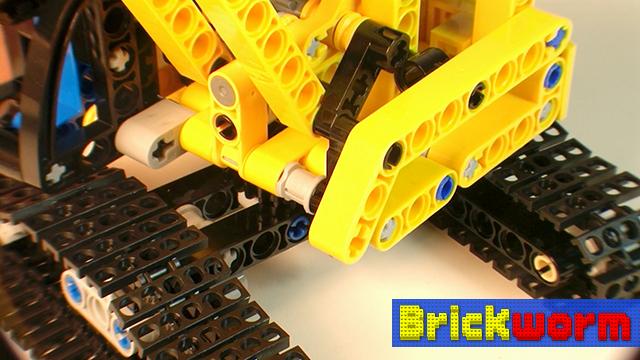 Brickworm - LEGO Technic Tracked Crane (9391)